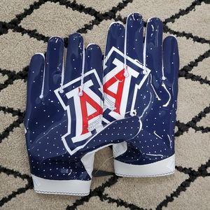 Nike Superbad 4 Arizona Wildcats Football Gloves
